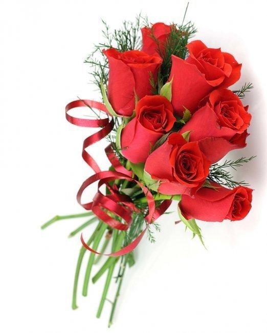 7 червени рози