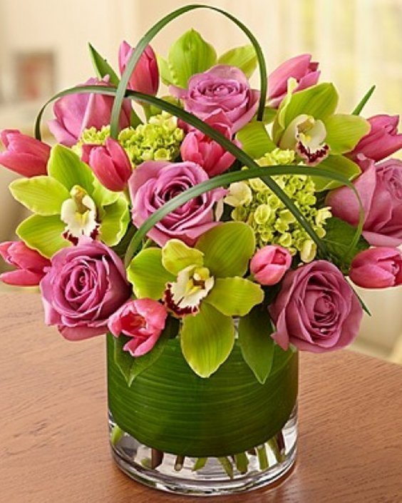 Букет микс от рози, орхидеи и лале