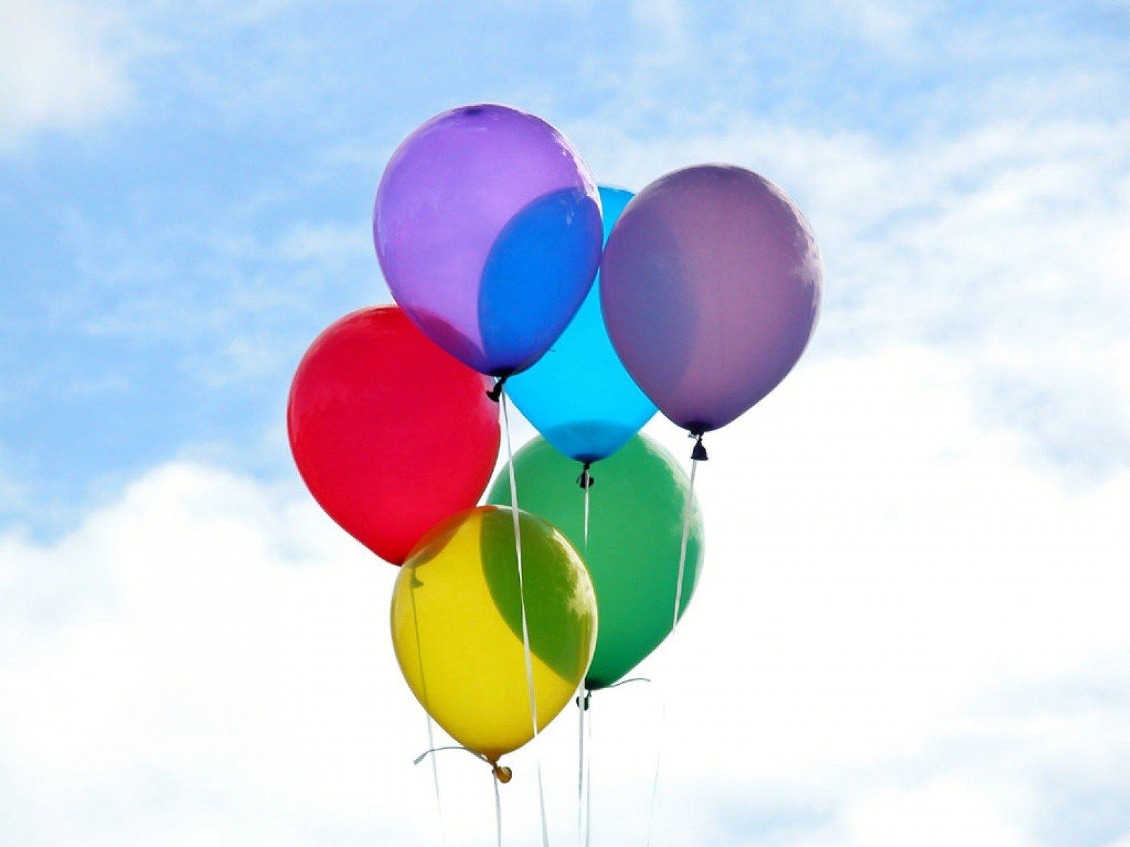 Балони с хелий - Доставка на цветя Butiklilia