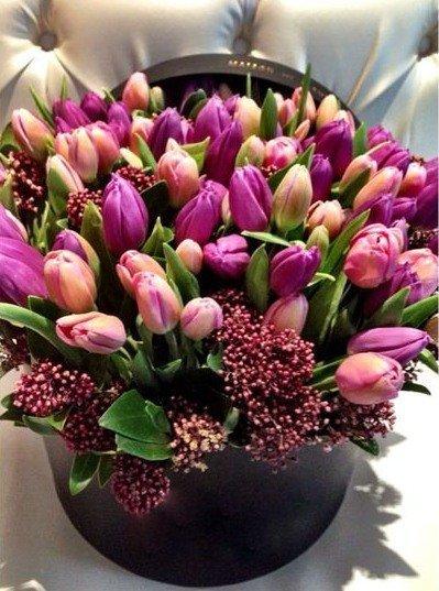 Букет от 15 броя лале - Доставка на цветя от Бутик Лилия