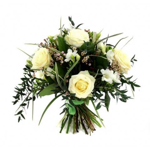 Букет от 7 рози, 8 фрезии евкалипт и хамалицио
