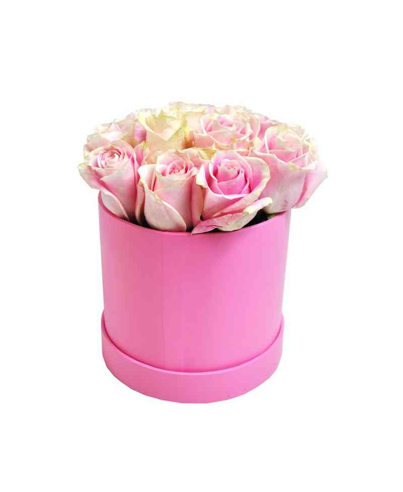 11 розови рози в кутия