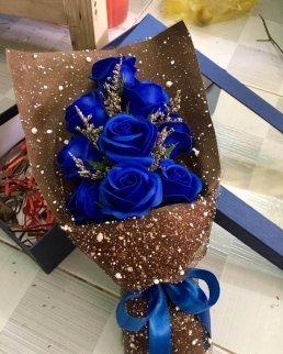 Букет сини рози