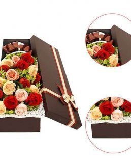 Mix рози в кутия